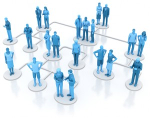 Centralized and Decentralized People Data Insight -- organizational reporting