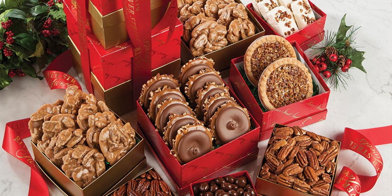 holiday gift ideas River Street Sweets Savannah Candy Kitchen